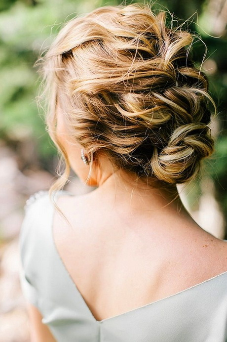 27 Gorgeous Wedding Hairstyles For Long Hair In 2019: Chignon Decoiffe Mariage
