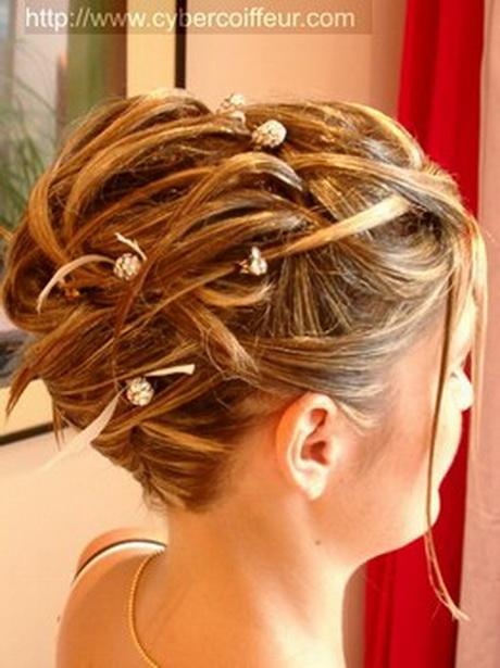 Chignon pour mariage cheveux mi long