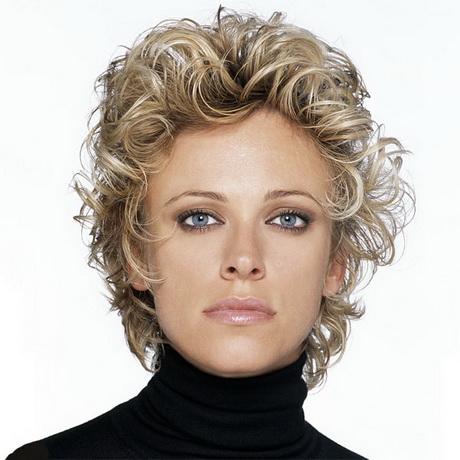 Coiffure cheveux mi long boucles - Coiffure femme boucle ...