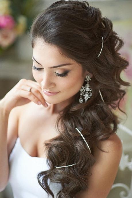 photo-coiffure-cheveux-boucles-coiffure-mariage-cheveux-lachés ...