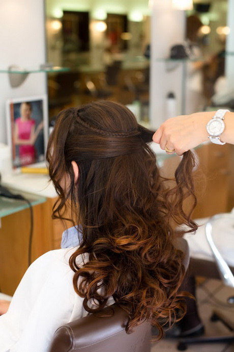 Coiffure mariage cheveux longs lachu00e9s
