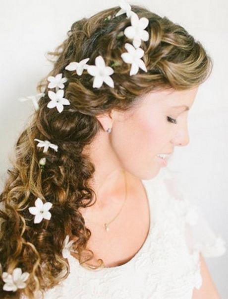 coiffure mariage fleur