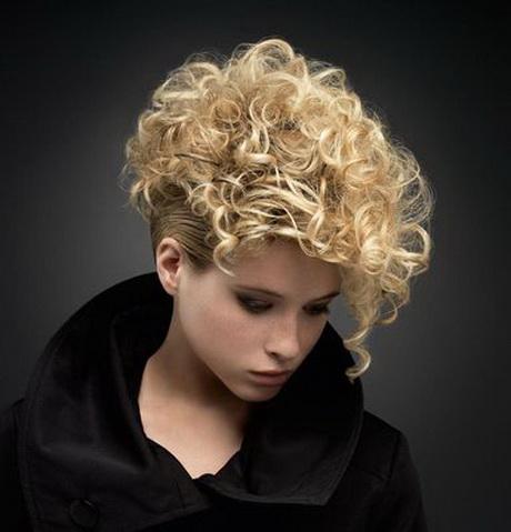 Coupe Cheveux Frises