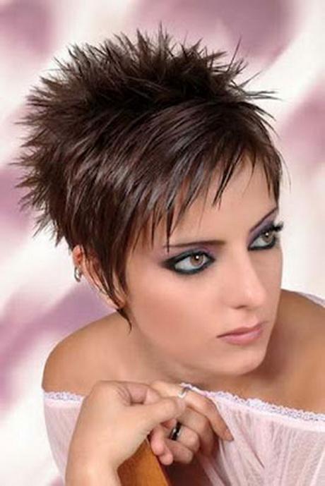 Coupe court cheveux femme for Coupe cheveux de pink