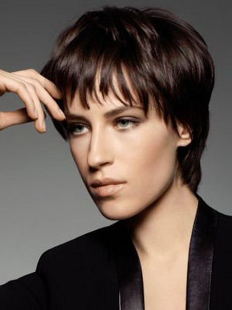 coupe de cheveux femme  u00e0 la gar u00e7onne