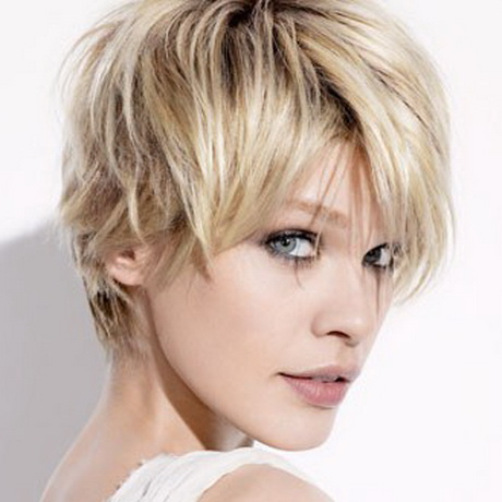 Coupe tendance cheveux courts for Coupe berlinoise cheveux