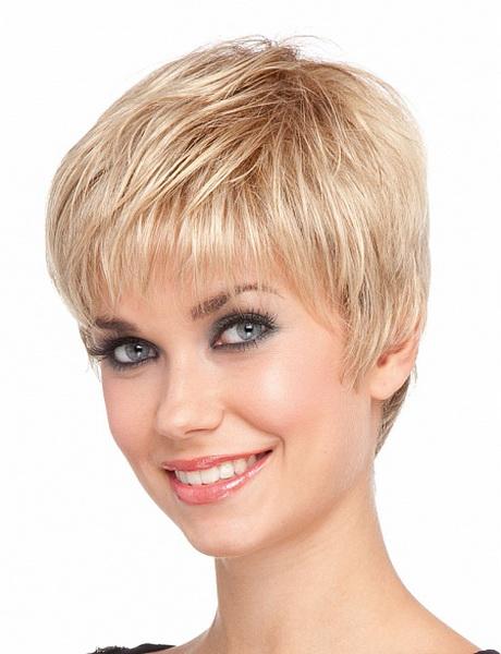 Modele De Coiffure Cheveux Court Femme