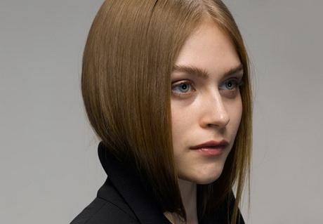 Modele de coiffure femme visage rond - Coiffure pour visage rond femme ...