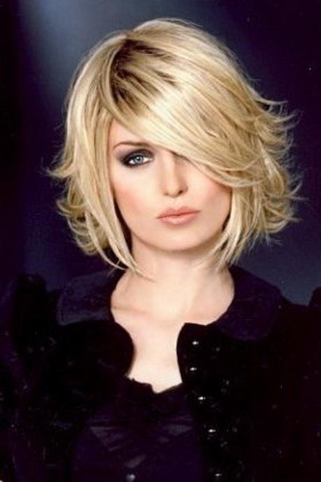 Coupe de cheveux courte pour cheveux fins