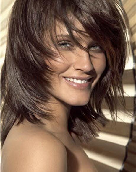 Exemple de coupe de cheveux pour visage rond - Coupe destructuree mi long ...