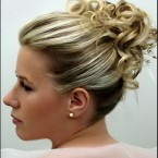 Chignon cheveux mi long