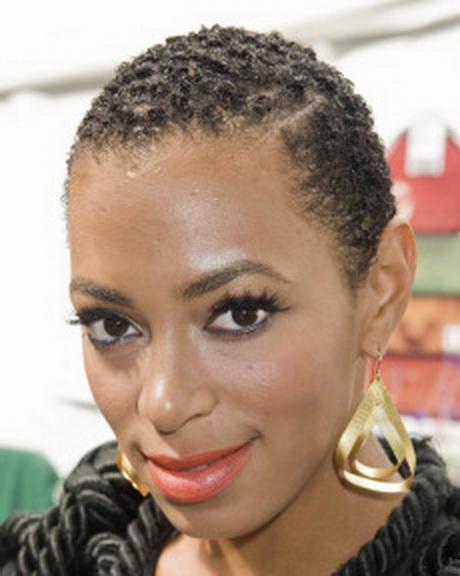 Coupe de cheveux court femme noire
