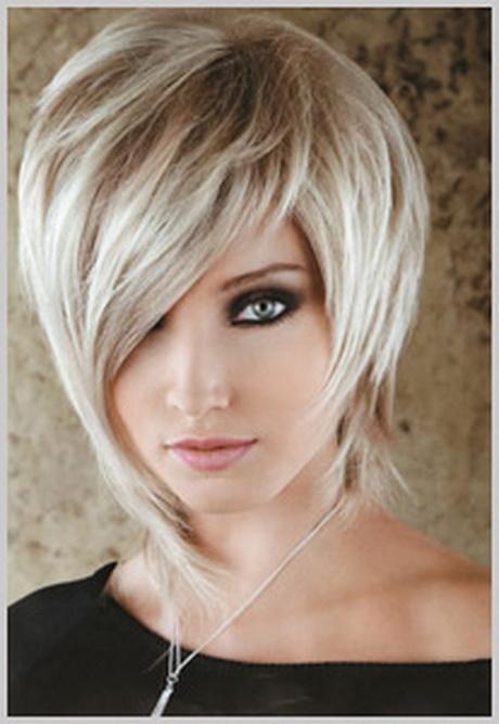 Coupe de cheveux mi courte 2015