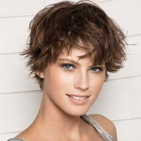 Coupe fille courte
