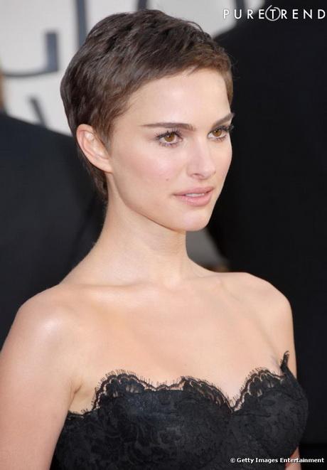 Modele de coupe de cheveux tres courte pour femme